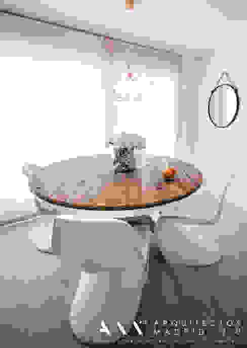 mesa comedor moderna minimalista madera Comedores de estilo minimalista de Arquitectos Madrid 2.0 Minimalista