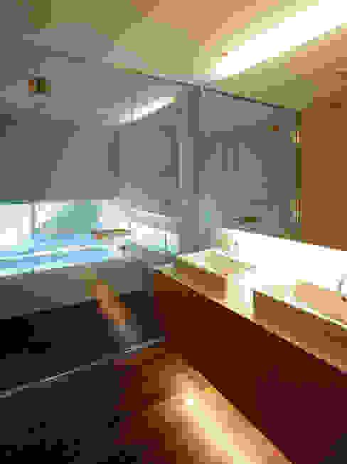 Modern Banyo 株式会社ラウンドテーブル|一級建築士事務所 Modern
