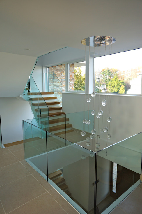 Alum Chine, Bournemouth Classic style corridor, hallway and stairs by David James Architects & Partners Ltd Classic