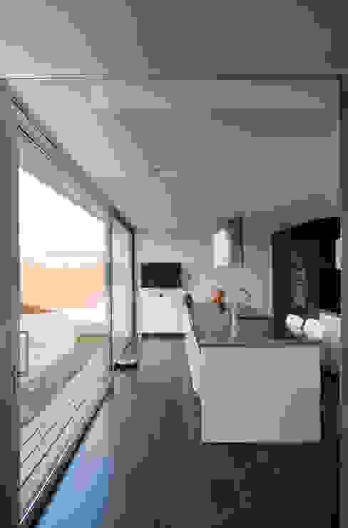 Cozinhas minimalistas por eidée arquitectes S.L.P. Minimalista