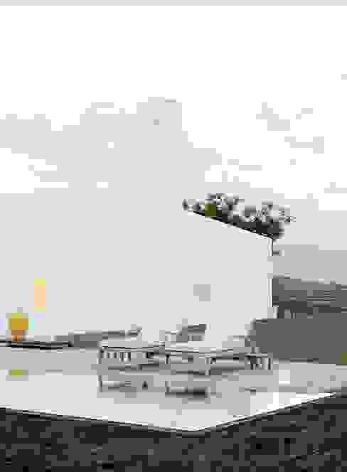 Mediterranean style pool by homify Mediterranean