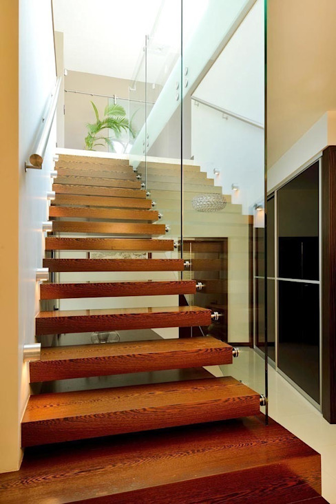 Corridor & hallway by ARCHITEKT.LEMANSKI