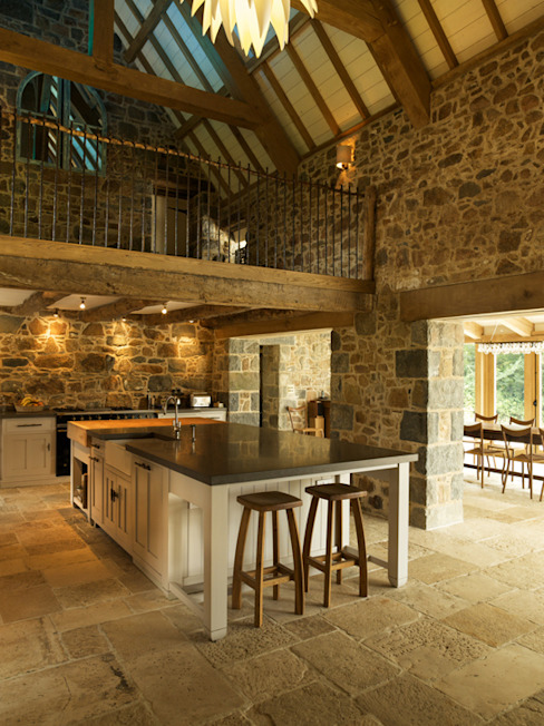 Les Prevosts Farm CCD Architects Rustic style kitchen