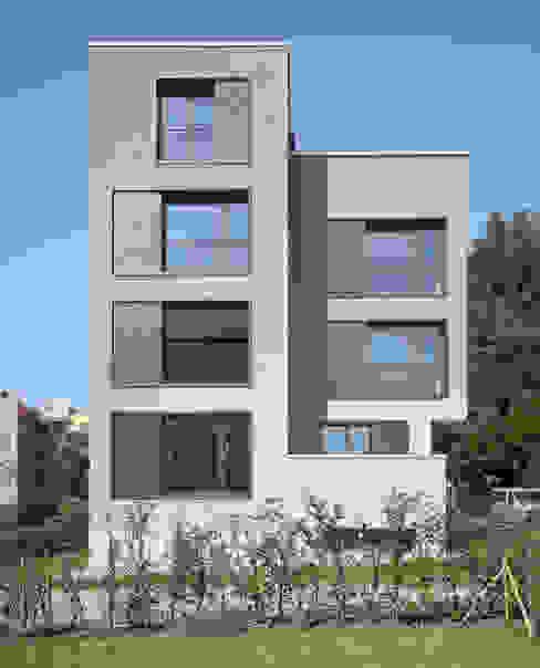 Rumah oleh Leuppi & Schafroth Architekten, Modern