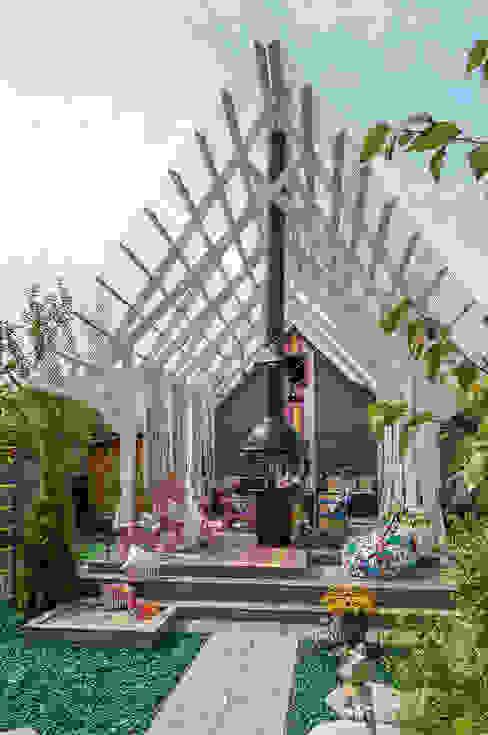 Varandas, alpendres e terraços rústicos por Bureau GN Rústico