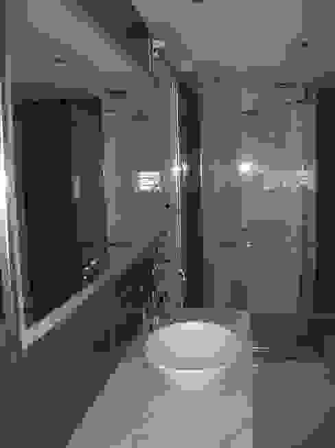 Remodelación de un baño super especial en Buenos Aires Baños modernos de Laura Avila Arquitecta - Ciudad de Buenos Aires Moderno Cerámico