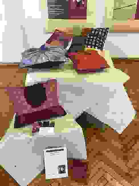 Japanese Paper Decoration cushion オリジナルデザインの リビング の studio Ma スタジオ・エムエー オリジナル