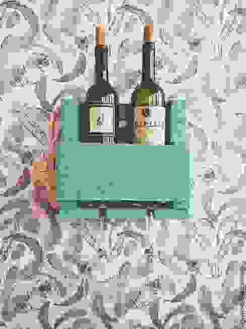 Полка на 2 бутылки вина с холдером на 2 бокала от 11 Reasons Лофт