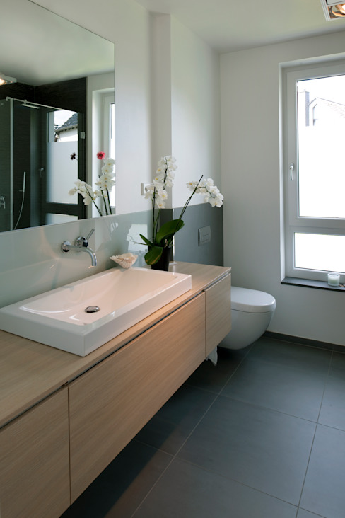 Modern bathroom by Stockhausen Fotodesign Modern