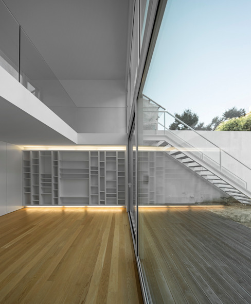Salon de style  par João Tiago Aguiar, arquitectos