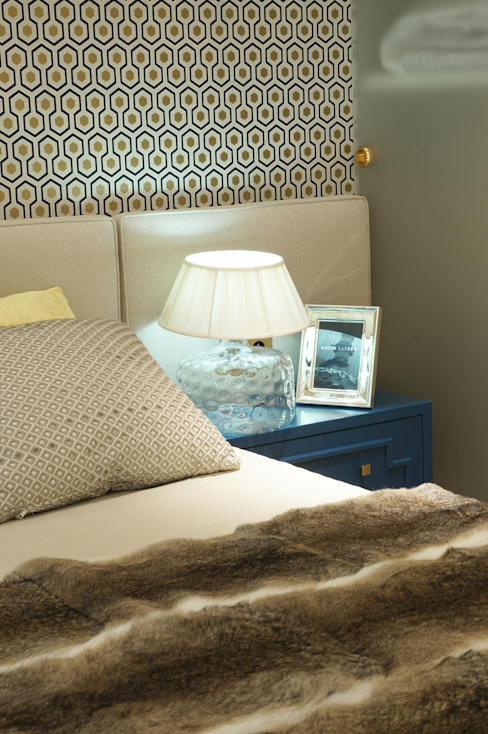 Eclectic style bedroom by SAFRANOW Eclectic