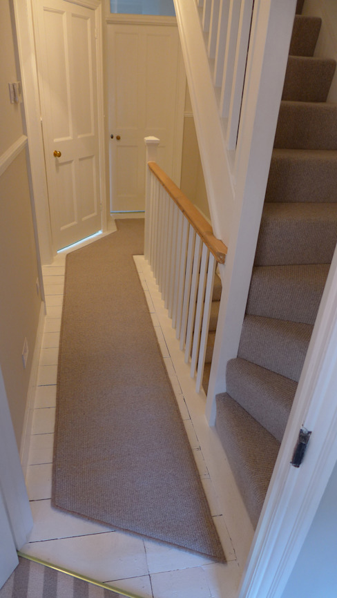 Landing carpet runner Modern corridor, hallway & stairs by Style Within Modern