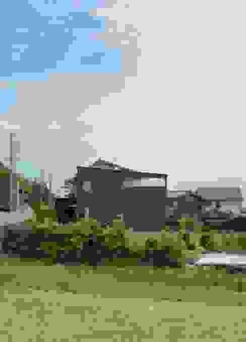 湖西の家: 岩田建築アトリエが手掛けた家です。,モダン