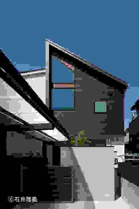 Maisons modernes par シーズ・アーキスタディオ建築設計室 Moderne