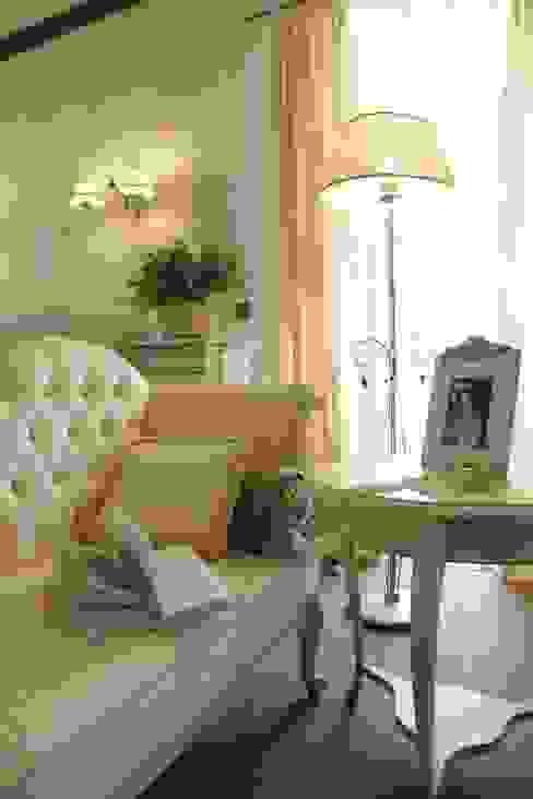 Загородный дом 360м2 Спальня в классическом стиле от Tatiana Ivanova Design Классический
