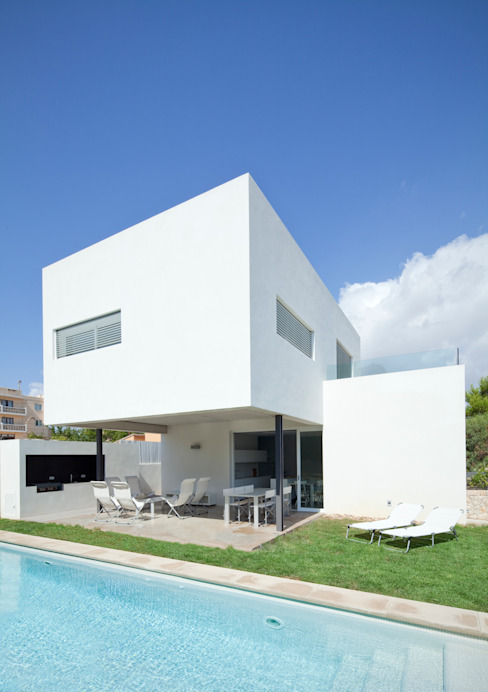 Minimalist style garden by RM arquitectura Minimalist