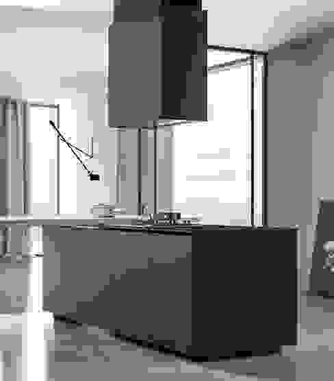 Ambiente Cucina (A) - dettaglio isola Cucina moderna di Nova Cucina Moderno