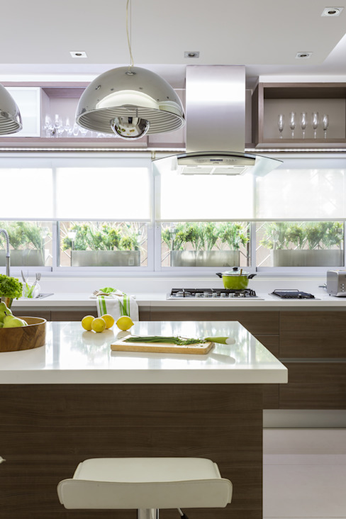 House in Belgrano Modern style kitchen by GUTMAN+LEHRER ARQUITECTAS Modern