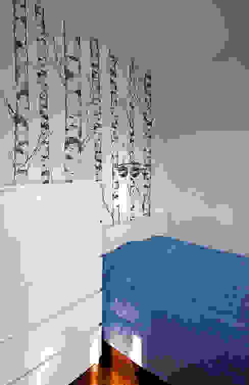 Phòng ngủ phong cách hiện đại bởi Ładne Wnętrze Hiện đại