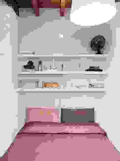 Спальная комната  в . Автор – marta novarini architetto,