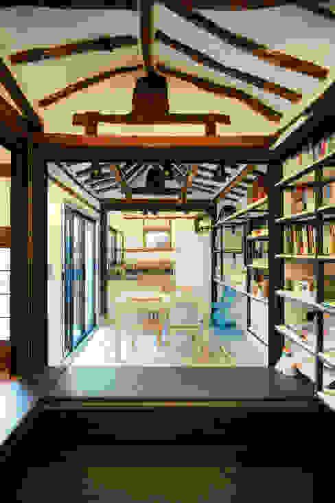 Buam-dong House 아시아스타일 다이닝 룸 by JYA-RCHITECTS 한옥