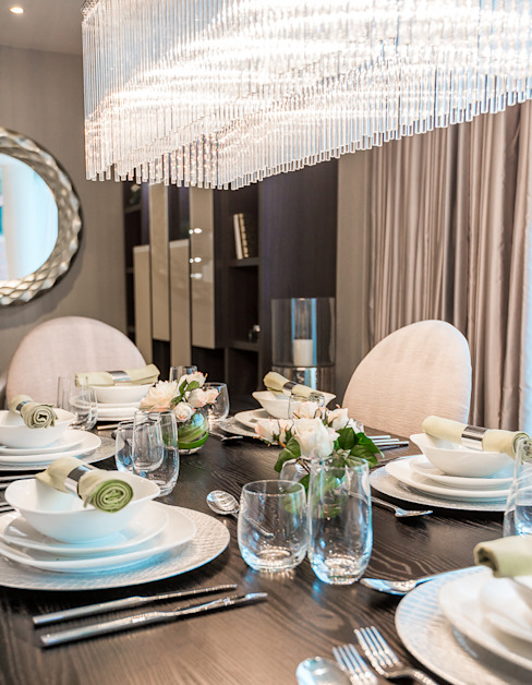 Dining table In:Style Direct Comedores modernos