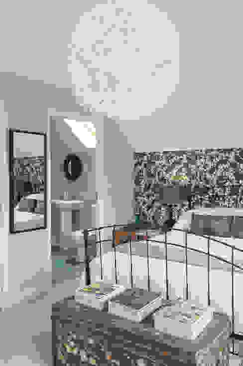 Family Home in Tunbridge Wells Chambre classique par Smartstyle Interiors Classique