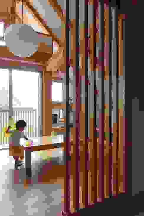 牛山の小さな家 ミニマルデザインの リビング の 永井政光建築設計事務所 ミニマル