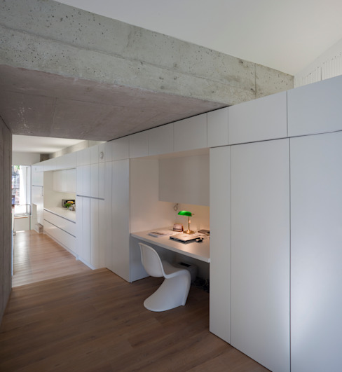 Modern study/office by schröckenfuchs∞architektur Modern
