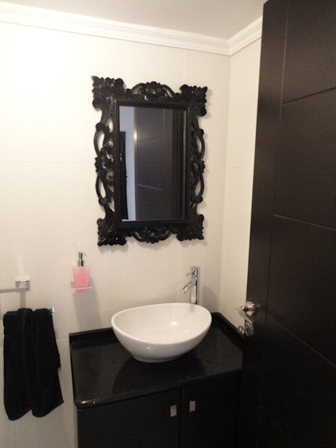 apprtement antoun Salle de bain moderne par michel bandaly Moderne