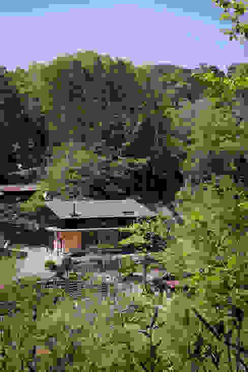 現代房屋設計點子、靈感 & 圖片 根據 HAN環境・建築設計事務所 現代風 木頭 Wood effect