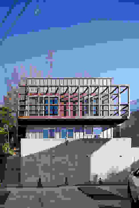 西側ファサード モダンな 家 の HAN環境・建築設計事務所 モダン
