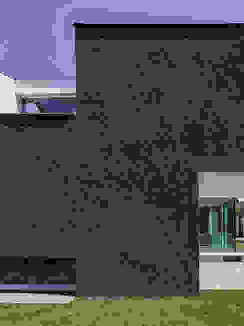 모던스타일 주택 by Unterlandstättner Architekten 모던
