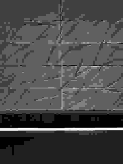 Project X Almere:  Muren door Rene van Zuuk Architekten bv,