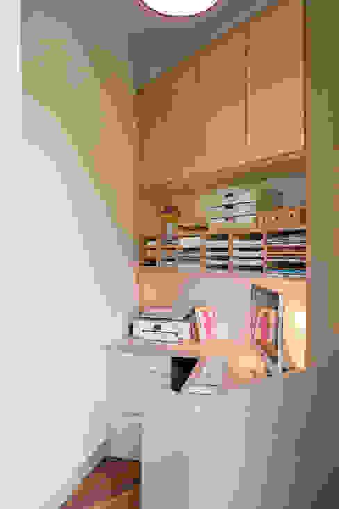 Le bureau Bureau moderne par MELANIE LALLEMAND ARCHITECTURES Moderne