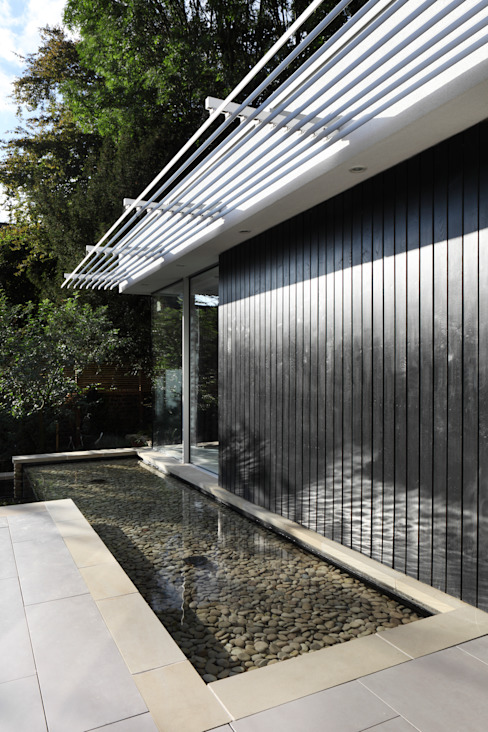 E2 PAVILION ECO HOUSE, BLACKHEATH Modern pool by E2 Architecture + Interiors Modern