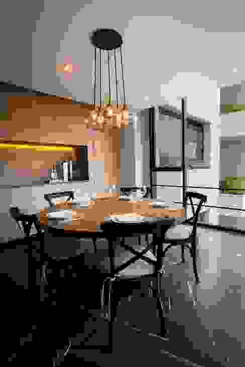 Comedores de estilo moderno de Concepto Taller de Arquitectura Moderno