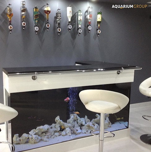 L-Shaped Bar Aquarium Comedores modernos de AquariumGroup Moderno