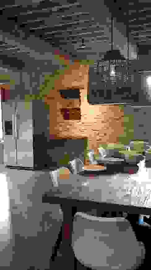 Salle à manger rustique par Marcello Gavioli Rustique
