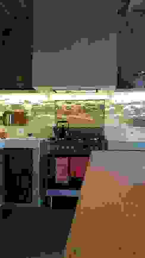Cocinas de estilo rústico de Marcello Gavioli Rústico