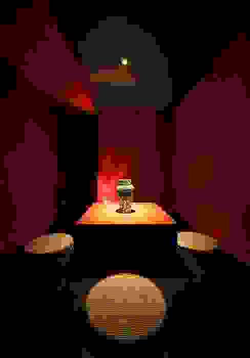 THE BAR: 猪股浩介建築設計 Kosuke InomataARHITECTUREが手掛けた和室です。,モダン