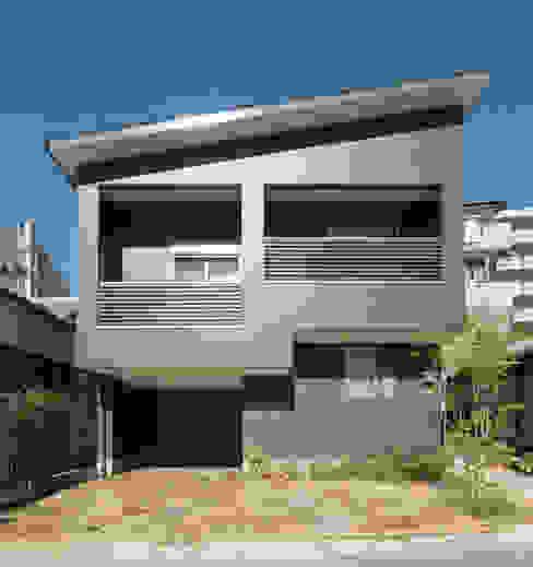 階段の家 モダンな 家 の 鶴巻デザイン室 モダン