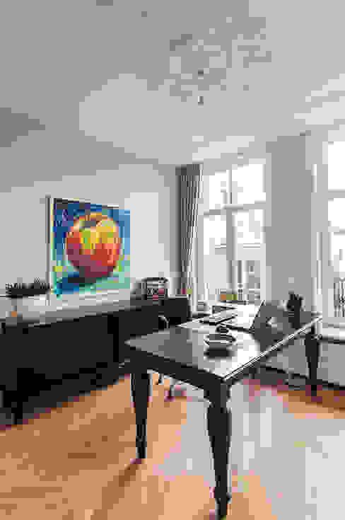 Projekty,  Domowe biuro i gabinet zaprojektowane przez Lumen Architectuur, Klasyczny