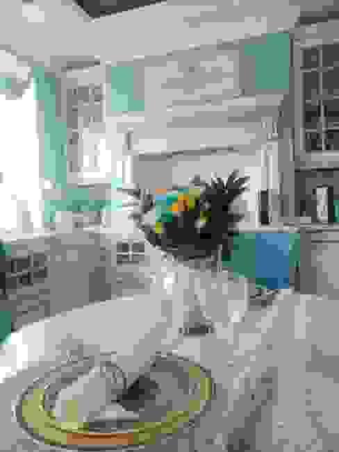 من Angelika Moroz interior design كلاسيكي