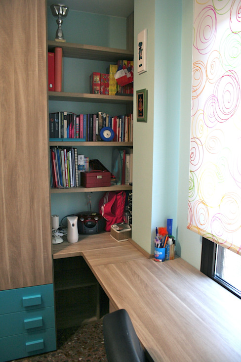 Habitación Juvenil con literas abatibles. Dormitorios infantiles modernos de LA ALCOBA Moderno