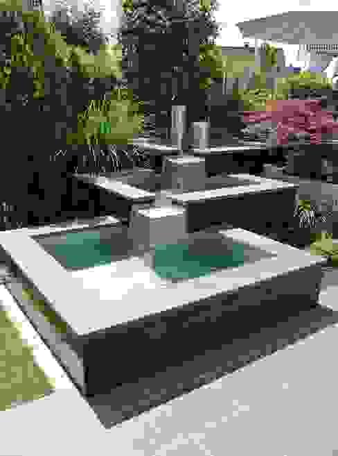 Edelstahl Teichbecken Moderner Garten von Edelstahl Atelier Crouse: Modern