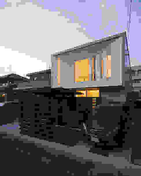 ファサード モダンな 家 の 岩瀬隆広建築設計 モダン
