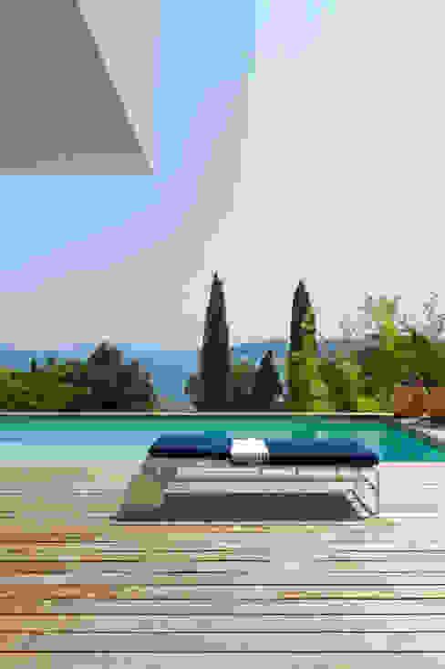 Mediterranean style house by nesso Mediterranean