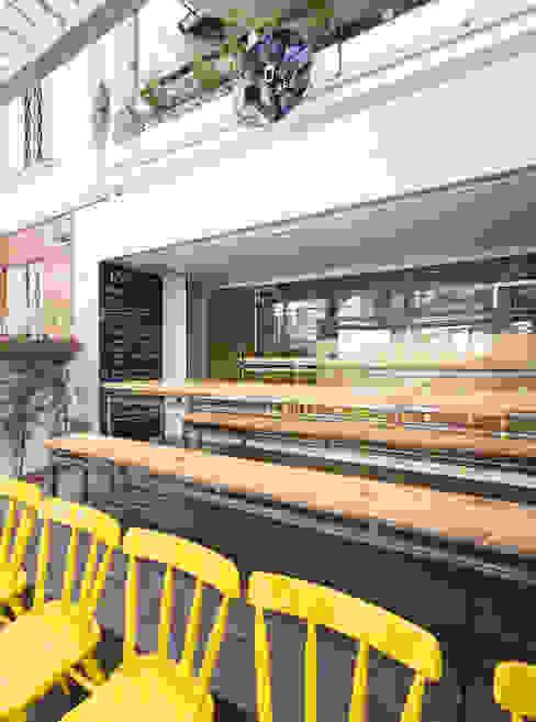Yami Café Espaços de restauração modernos por Kali Arquitetura Moderno