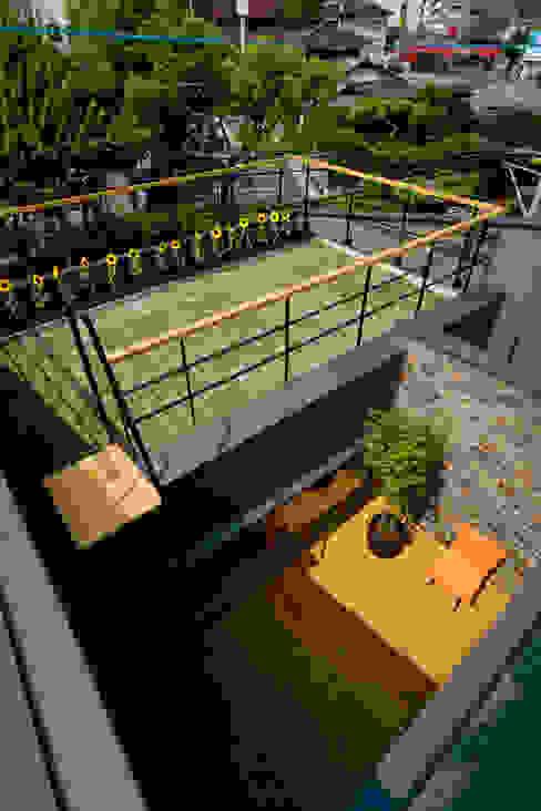 ミドリノイエ 北欧風 庭 の group-scoop architectural design studio 北欧